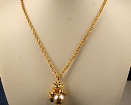 Fantastic  Gold Plated Joan Rivers Chain & Lovely Pendant