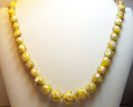 333ctw Beautiful Genuine Mother of Pearl Shell Necklace