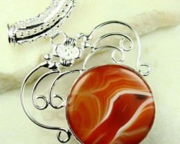 LOVELY AGATE IN STERLING SILVER NECKLACE  35 X 35 MM