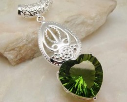 AWESOME FANCY HEART PERIDOT PENDANT W/ PANDORA STYLE CHAIN