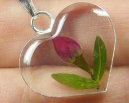 PRETTY MINATURE ROSE FLOWER SILVER VHEART PENDANT   GTJA 171