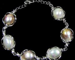 Natural Pearl Bracelets