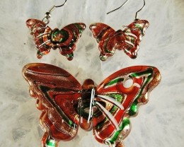 LOVELY GLASS LAMPWORK BUTTERFLY PENDANT BEAD AND EARRINGS