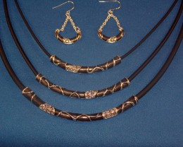 LOVELY IMITATION LEATHER NECKLACE AND EARRING SET