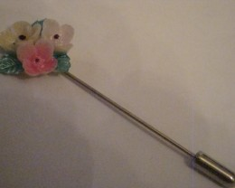 ACRYLIC FLORAL SILVER TONED STICK PIN