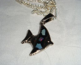 FASHION OPAL FISH PENDANT