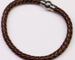 Natural thick leather bracelet magnetic clip on bu2354