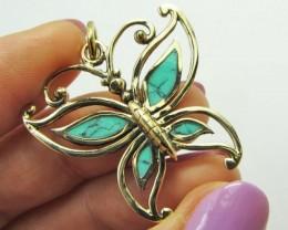 Cute Buterfly Turquoise Bronze Pendant QT 672