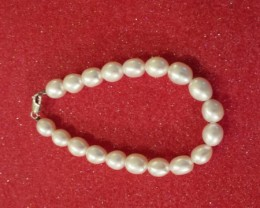 GORGEOUS PEARLS, AND I DO MEAN GORGEOUS................