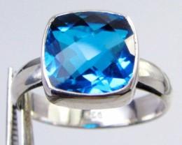 SEA BLUE TOPAZ RING IN SILVER SIZE 9 QT 508