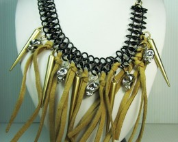 CUTE FASHION  LEATHER N SKULLS STYLE NECKLACE QT225