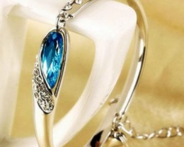 Women Ladies Charming Silver Plate Ocean Blue And Clear Crystal Bracelet
