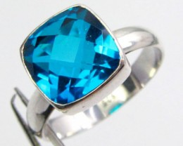 SEA BLUE TOPAZ RING IN STERLING  SILVER SIZE 8.5 QT 507