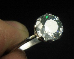 Wow Very Beautiful White CZ Zirconia .
