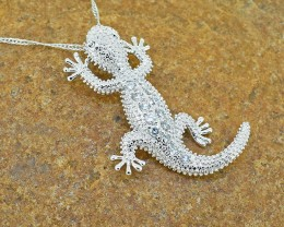 'Gecko 'Goldfilled  pendant