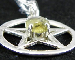 New hand made sterling silver  Rainbow Labradorite 13.5  carat pendant