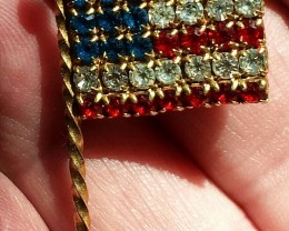 AMERICAN FLAG - PATRIOTIC VINTAGE PIN RED WHITE & BLUE 1960'S CIRCA