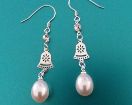 PEARL EARRINGS - STERLING SILVER & NATUAL PEARLS DANGLE