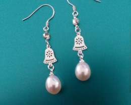 STERLING SILVER LUSTEROUS PEARLS, WHAT AND A WHOLESALE PRICE! PERFECT