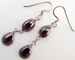 Swing style Garnet set in Silver Earrings MJA 987