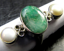 PEARL AND EMERALD SILVER RING SIZE 8.5 MYG 1344