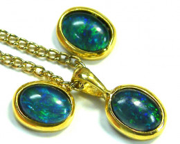 OPAL TRIPLET SET EARRINGS AND PENDANT SCA1989