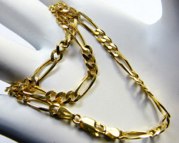 17.6 Grams Make an Offer 18 K LONG CURB  GOLD CHAIN GRAMS L 401