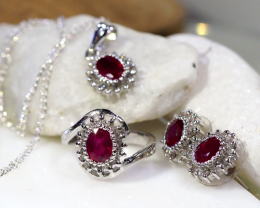 STUNNING RUBIES AND DIAMONDS  JEWELRY SET  90758