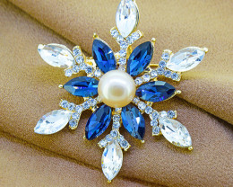Pearl & Crystal Snowflake Pendant