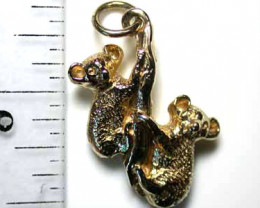 4.8 grams 9CTS SOLID GOLD CUTE ACCESSORY PRETTY KOALAS L1618