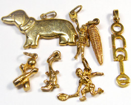 Cute 9 k gold charms 7 pieces TB 16