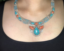 Vintage Tibetian Design Necklace Coral & Torquise
