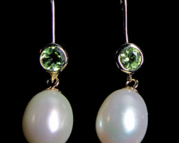 STYLISH 9K GOLD PEARL N PERIDOT GEMSTONE EARRINGS GTJA 294
