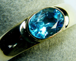 BEAUTIFUL BLUE TOPAZ 14K YELLOW GOLD RING SIZE 6 MY231