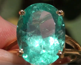 Columbian Emerald 7.02ct,GIA Certified,18ct Solid Gold Ring