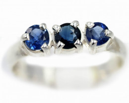 SIZE 7  BLUE AUSTRALIAN SAPPHIRES SET IN SILVER RING [SJ4555]