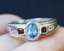 Topaz in Silver Ring Size 7 BU1493