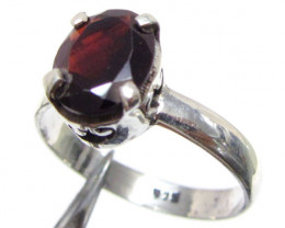 Garnet set in Silver ring size 10 MJA 536