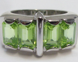 Peridot Gemstone set in silver ring size 5 MJA 799