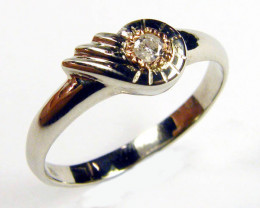 AUSTRALIAN DIAMOND 0.10 IN WHITE 18K GOLD RING SIZE 6 JAO2