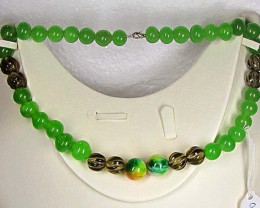 Necklace LK0656 GREEN MIX WITH CARVED QUARTZ BEADS