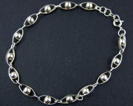 Bracelets Silver Chain SizeSILVER BRACELET 925 CHAIN 7.5 INCHES / 19.5CM CM