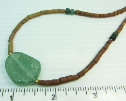 Ancient Roman Glass necklace with Serpentine  MJA 218