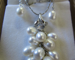Matching set Fresh water pearls PPP 124