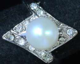 8 mmFresh Water Pearl Ring size  7  AM 1079