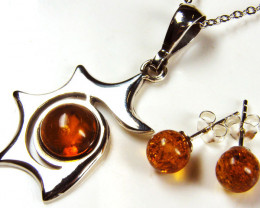 BALTIC AMBER SILVER PENDANT AND EARRING TCW 29.95 MYG253