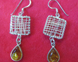 25Cts Amber Silver Earring Sheppard Hook AGR683