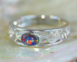 Cute triplet opals in stylish silver ring SU 1508