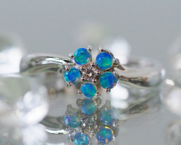 Cute Crystal opal in 14k white gold Ring SU1021