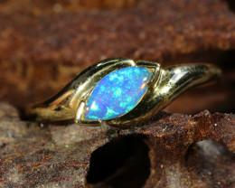 Cute Opal fire Crystal  opal in 14k Yellow gold Ring SU1035